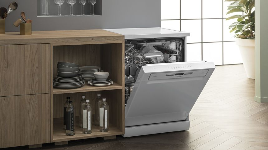Hotpoint Dishwashers. Up to 30% off + extra 20% Carers discount
