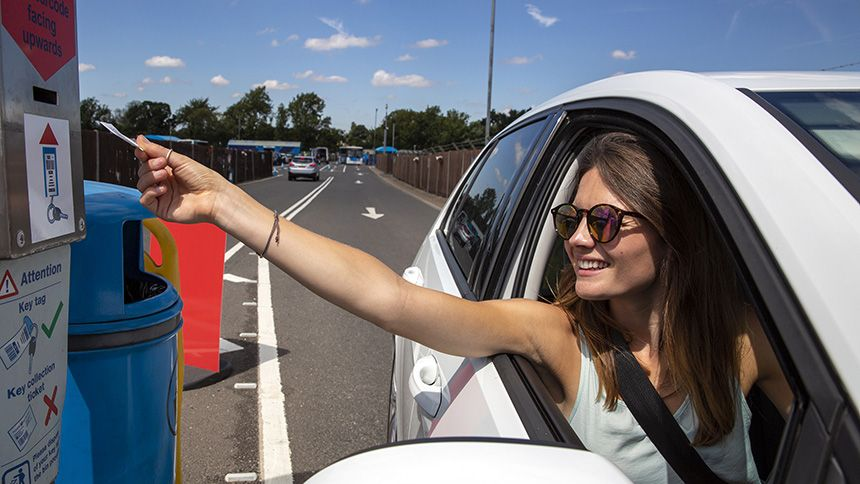 Holiday Extras - Up to 70% off airport parking