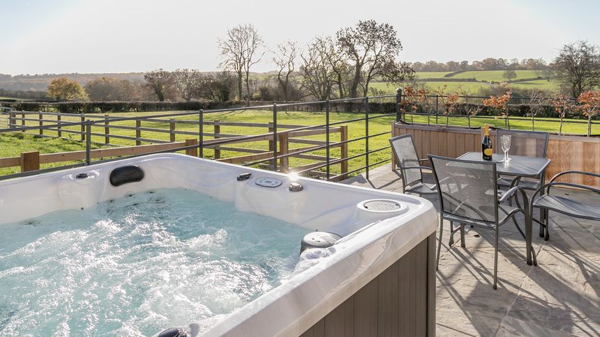 Hot Tub Breaks - From £295 + up to 10% Carers discount